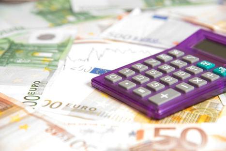 La brecha salarial continúa ensanchándose y las mujeres cobran 4.915 euros menos que los hombres