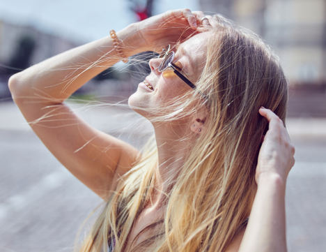 ¿Se nos cae más el pelo en verano?
