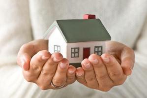 El verano frena la caída media prevista del 7% en el precio de la vivienda en España