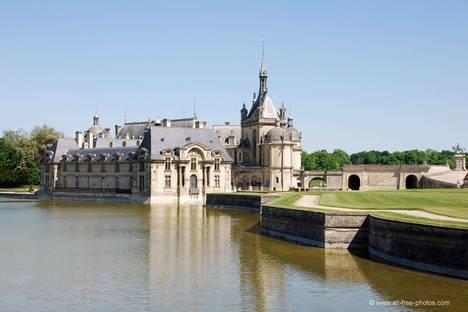 Todo es posible en París: golf por la mañana, visitar castillos por la tarde, cenar en el Sena y jazz por la noche