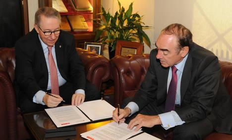 La Universidad de Barcelona y Banco Santander renuevan los convenios de colaboración