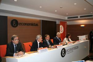 De izda. a dcha.: Salustiano Velo, Valentín Pich, Luis Planas, Antonio Pedraza y Victoria Nombela.