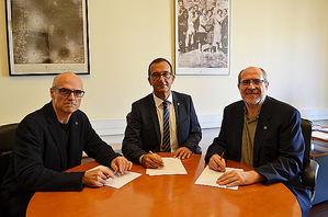 De izqda a dcha: Jose García-Montalvo, Paolo Boarini y Enric Vallduví.