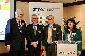 De izqda. a dcha.: Cole-Fontayn, Albella, Richard Hopkin [director ejecutivo y jefe de Renta Fija de la AFME], y Mateus.