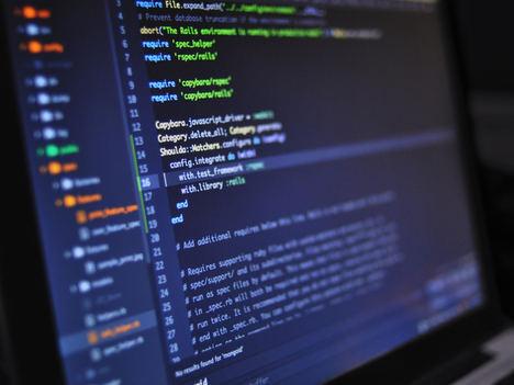 Cuáles son las razones por las que es mejor estudiar un bootcamp