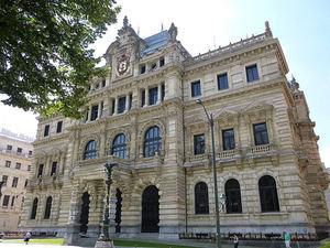 La nueva fiscalidad aprobada en Bizkaia refuerza su atractivo de cara a la inversión y asentamiento de nuevos proyectos empresariales