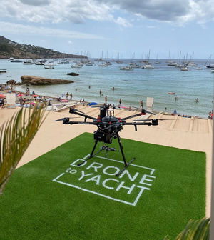 Llegan los primeros envíos con drones delivery a yates en Ibiza