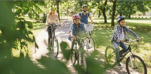 ¿Y si tienes un accidente montando en bici o te la roban? el seguro Bicimás de MAPFRE lo cubre por menos de 40 euros al año