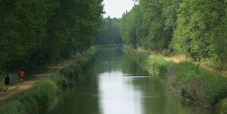 El Canal de Castilla, protagonista en INTUR de la mano de la Ruta del Vino Cigales
