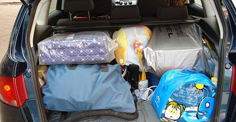 Consejos para transportar equipaje fuera del maletero y conducir con remolque