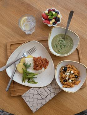 Casi la mitad de los españoles reconoce que este año cambiará el habitual comedor escolar por otra opción como comer en casa