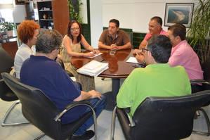 Ayuntamiento y FOE Punta Umbría constituirán una mesa empresarial