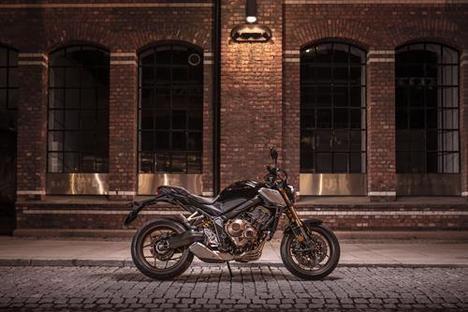 Honda refuerza su gama de motocicletas de media cilindrada