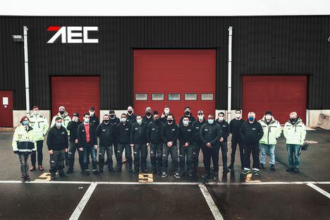 El importador oficial AEC amplía el centro de procesamiento de vehículos en Amberes con nuevas instalaciones, adaptándose a los crecientes volúmenes