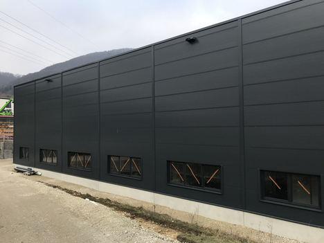 Informe de progreso positivo del proyecto de construcción de Leuze