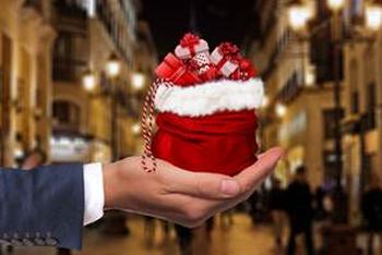 Más del 42% de los españoles preferirían cambiar cesta de Navidad por un regalo más original de su empresa