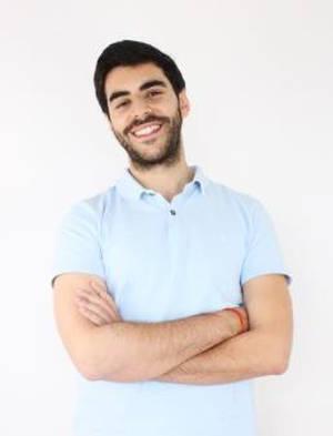 Álvaro Gómez, Elogia.