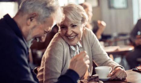 Conectados, con habilidades digitales y concienciados ante el ahorro y la jubilación, así son los españoles mayores de 50