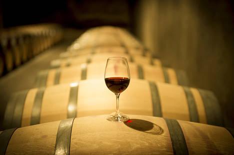 Vilafranca del Penedés arropa cinco de las 79 bodegas y cavas asociadas a Enoturisme Penedès, donde saborear sus vinos