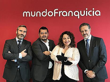 mundoFranquicia abre su primer despacho en México