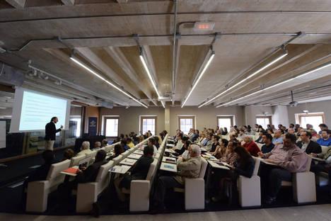 El problema de las humedades en la edificación centra el interés de los arquitectos de Madrid