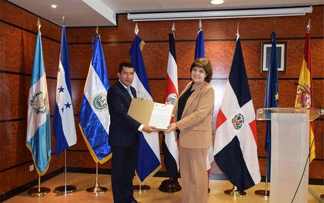 Embajadas del SICA participan en foro permanente de la Universidad Autónoma de Madrid
