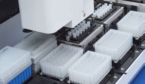 Varios fabricantes líderes de equipos de análisis médicos utilizan actuadores lineales NSK Monocarrier.