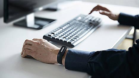 Atos integra el latido de corazón en sus soluciones de autenticación con la pulsera Nymi Band