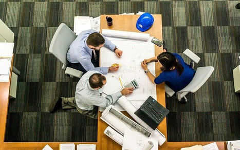Riesgos laborales en la oficina: cómo evitarlos