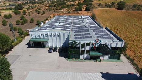 Por qué invertir en instalaciones fotovoltaicas para tu empresa