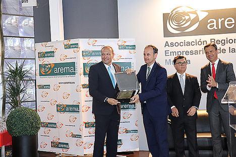 Premio Anual Arema 2019, entrega premio.