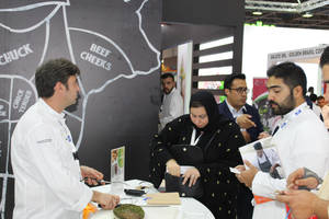 Puesta de largo de las carnes de vacuno de origen español en Foodex Saudí