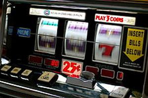 El TSJCV pone fin a la prohibición de usar máquinas de tipo B en los bares