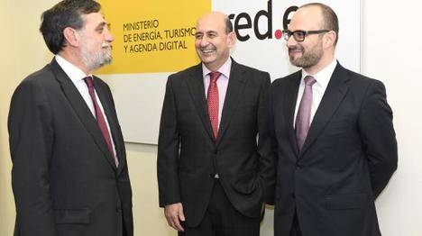 Red.es amplia su equipo directivo para apoyar la Agenda Digital