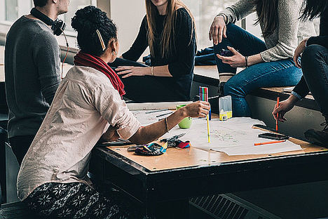 ¿Por qué las reuniones arruinan la productividad laboral?