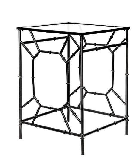 Hierro y cristal para mesas auxiliares funcionales, pero de diseño