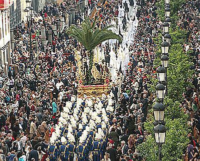 España es el destino favorito de los españoles para pasar la Semana Santa, según Jetcost