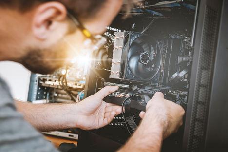 Cómo montar un negocio de servicios técnicos informáticos a domicilio