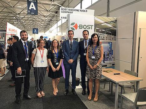 16 socios del Cluster de Aeronáutica y Espacio del País Vasco – HEGAN expusieron con gran éxito en la Feria Paris AirShow 2019