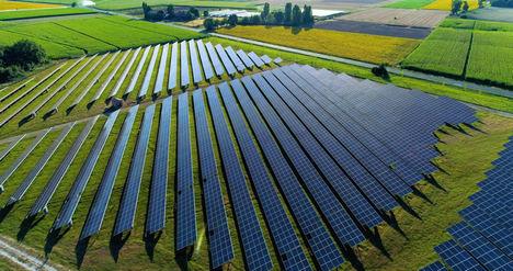 El segundo proyecto solar operativo de Amazon en España ya aporta energía renovable al país