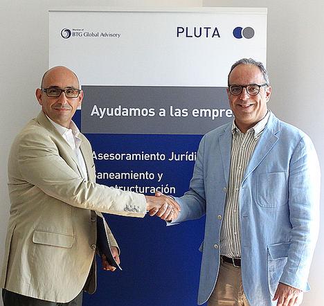 PLUTA y la Universidad Carlos III de Madrid firman un acuerdo para la formación de estudiantes en asesoría jurídica