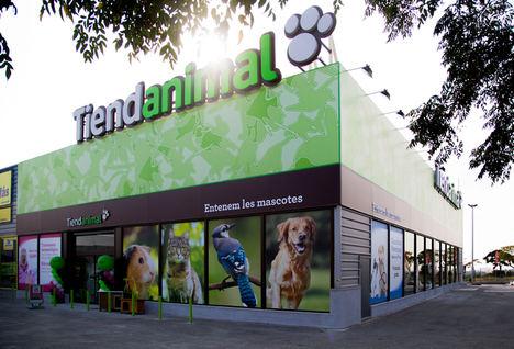 Tiendanimal recibe 60 millones para llegar a las 100 tiendas en 2020