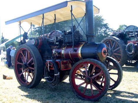 Tractores antiguos - máquinas que allanaron el camino para la agricultura moderna