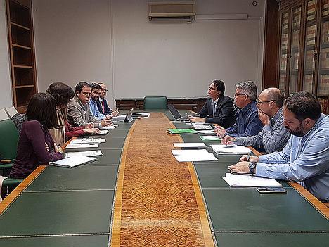 Unión de Uniones insiste en que más de la mitad de la maquinaria agrícola española supera los 18 años de vida