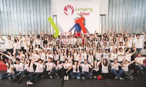 Universia respalda mediante Jumping Talent el futuro laboral de 96 jóvenes universitarios en su V Edición