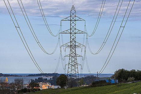 Viesgo apuesta por la innovación, adaptando su red eléctrica a nuevos retos como la recarga de vehículos eléctricos o la conexión de los sistemas de autoconsumo