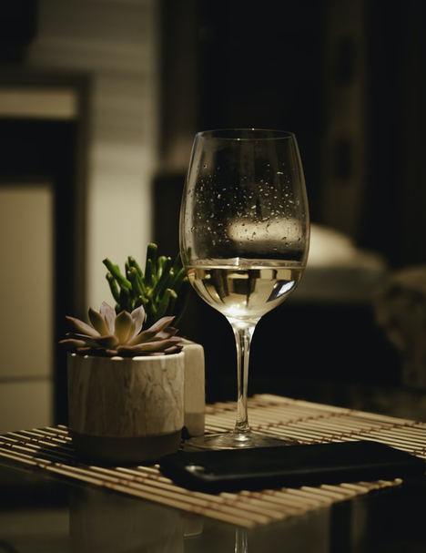 Destilados y vino tinto, los productos que más han aumentado sus ventas online durante el confinamiento